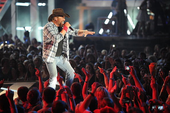 Toby Keith performs onstage at the 2010 CMT Music Awards
