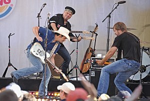 """Brad Paisley Performs On ABC's """"Good Morning America"""" - July 15, 2011"""