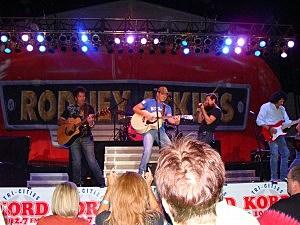Rodney Atkins KORD Concert