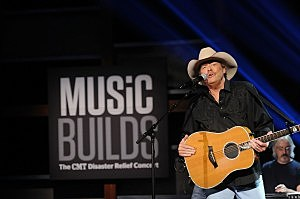 Music Builds: CMT Disaster Relief Concert - Show